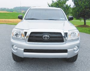 front dual zone Toyota Tacoma V6 memory seat for Sale in Miramar, FL