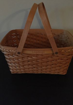 Longaberger basket 🧺 for Sale in Clayton, NC