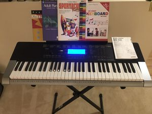 Casio CTK-4400 Keyboard 🎹+ stand, headphones 🎧 and beginners music books for Sale in Alhambra, CA