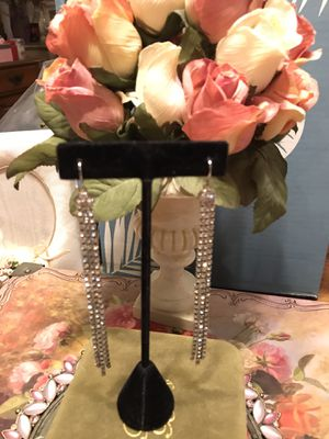 Gorgeous!!! Vintage Long dangle silver Diamond Stone pierced Earrings for Sale in Gainesville, VA