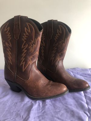 Leather Cowgirl Boots size 9 for Sale in Dallas, GA