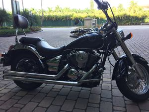 Motorcycle Kawasaki 900cc for Sale in Miami, FL