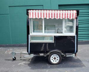 Trailer ready and Ideal for Ice Cream, Gelato, Ice pops, Popsicles, Smoothies or adapt it to any Food Concept. for Sale in Hialeah, FL