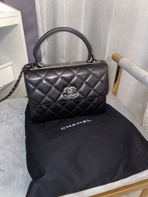 CC chevron quilted satchel top handle bag for Sale in Los Angeles, CA