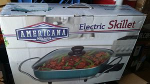 Americana Electric skillet for Sale in Surprise, AZ