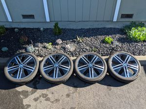 BMW i3 20 inch wheel set (four) with tires, center caps and TPMS for Sale in Concord, CA