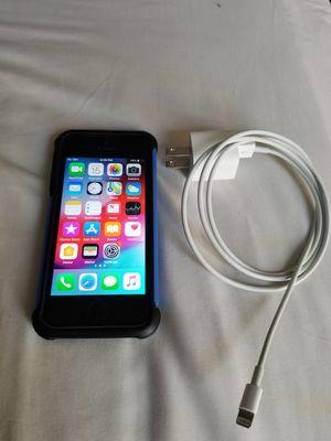 Iphone 5s unlocked 16gb for Sale in Falls Church, VA