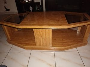 Coffee Table for Sale in Coral Gables, FL