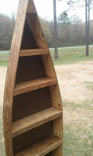 Boat shape shelves. for Sale in Douglas, GA