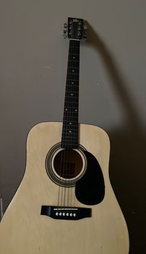 Acoustic guitar, rouge for Sale in Granite City, IL