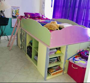 Girl Bed for Sale in Tamarac, FL