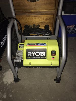 Ryobi Pressure washer for Sale in Valley View, OH