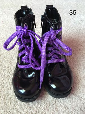 Girl Boots/ Shoes for Sale in Killeen, TX