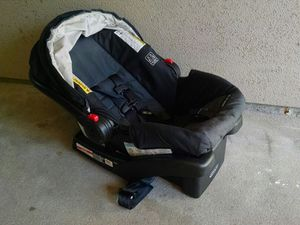 Greco Snugride 30 Car Seat and Mount for Sale in Denver, CO