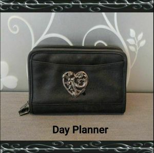 6 RING DAY PLANNER (READ) for Sale in Ontario, CA