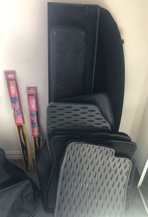 Mazda speed 3 stock mats and weather tech mats with windshield wipers for Sale in Union Park, FL
