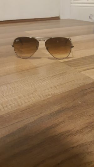Ray bans aviator for Sale in Loxahatchee, FL