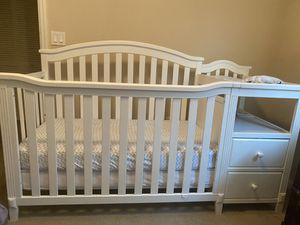 Baby crib for Sale in Boynton Beach, FL