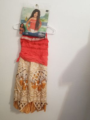 Moana costume dress with wig for Sale in Ontario, CA