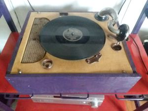 Record Player for Sale in Nashville, TN