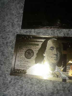 MAKE AN OFFER Golden 100 dollar bills for Sale in St. Cloud, MN