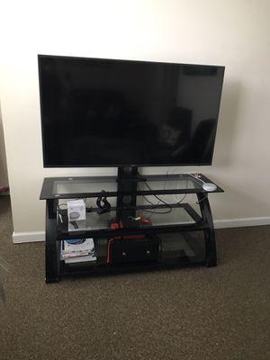 65inch tv 4K for Sale in Brambleton, VA