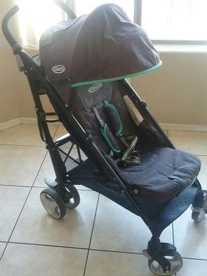 Graco breeze stroller for Sale in Phoenix, AZ