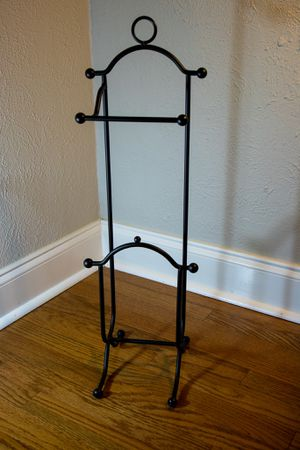 Toilet Paper Holder with Magazine Rack for Sale in Dallas, TX