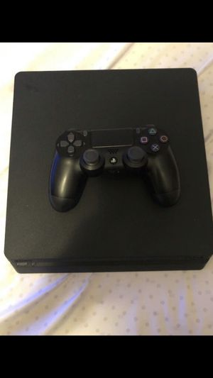 PS4 Slim 1TB for Sale in Bay Point, CA