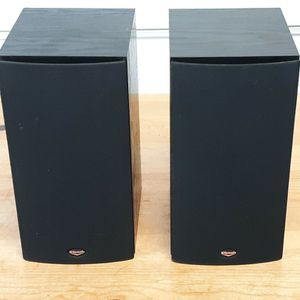 Pair of Klipsch Bookshelve Speakers for Sale in San Clemente, CA