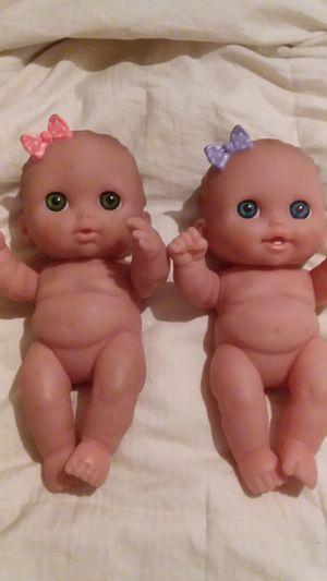2 SMALL BABY GIRLS for Sale in Compton, CA