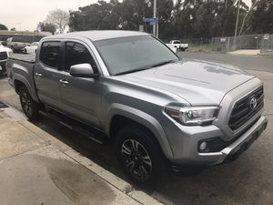 2017 Toyota Tacoma SR5 TRD Sport for Sale in Los Angeles, CA