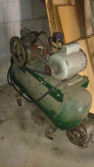 220 volt compressor for Sale in Tuscola, MI