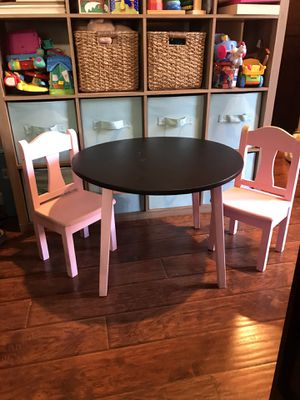 Kids Table and Chairs (Need Gone ASAP) for Sale in San Diego, CA