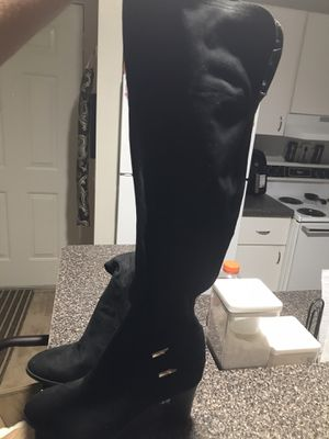Knee high black suede boots(Marc Fisher) for Sale in Southfield, MI