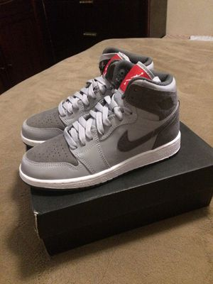 Jordan limit edition gray camo 3.5Y for Sale in Manteca, CA