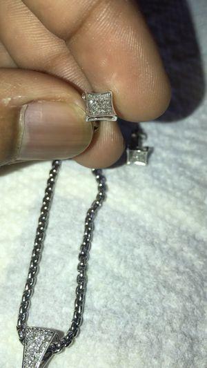 10k White Gold And Genuine Diamond Earrings Men Or Women for Sale in Detroit, MI
