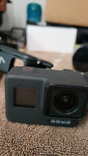 GOPRO hero7 black WITH extra battery for Sale in Anaheim, CA