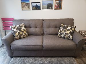 Grey Ashley's Couch in Great Condition for Sale in NJ, US