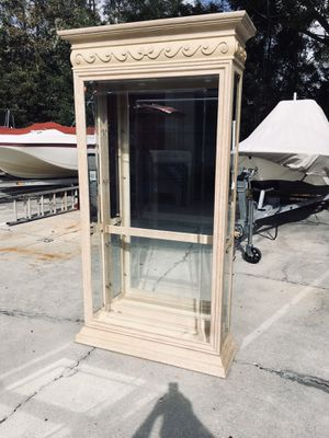 Glass & Mirror 4 Tier Curio DELIVERY AVAILABLE 🚗 for Sale in Bonita Springs, FL