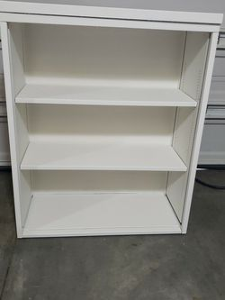 Metal White Bookcase 44 H X 36 W X 16 D for Sale in Bothell,  WA