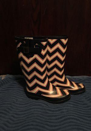 Rain boots women's size 6 for Sale in Piedmont, OK