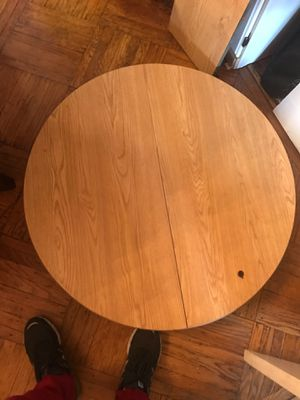 3 piece Kitchen table set w/ 4 chairs. for Sale in Philadelphia, PA