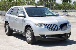 2013 LINCOLN MKX SUV, FULLY LOADED. SUPER CLEAN. LIKE TOTOTA HIGHLANDER. FORD EXPLORER. MURANO. HONDA PILOT ETC. for Sale in Boca Raton, FL