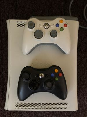 Xbox 360 with wiring and 2 controller for Sale in Huntingdon Valley, PA