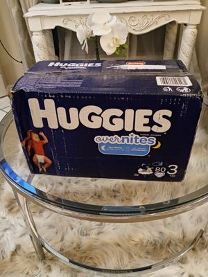 Huggies overnites size 3 80 count for Sale in Phoenix, AZ