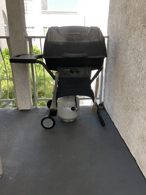 Outdoor BBQ Grill for Sale in Burbank, CA
