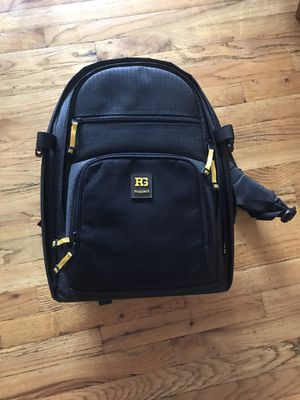 Outrigger 65 Ruggard Outrigger 65 DSLR Backpack (Black) for Sale in Queens, NY