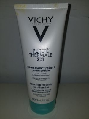 Vichy 3in1 Cleanser for Sale in Kent, WA