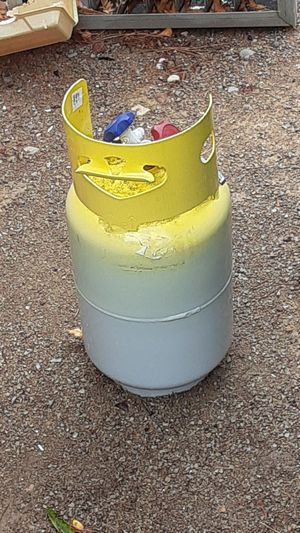 2 freon recovery tanks for Sale in El Paso, TX